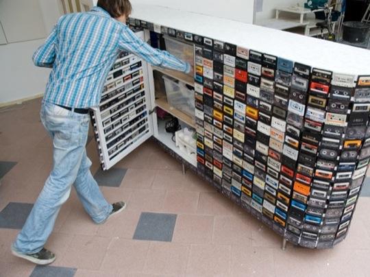 cassette_closet_03.jpg